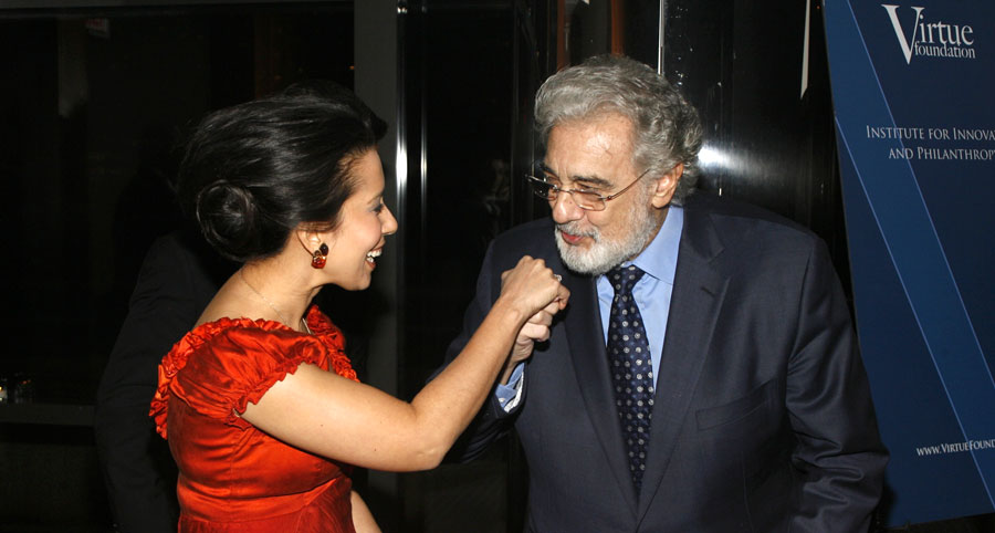 Virtue-Foundation-hosts-evening-with-Placido-Domingo-and-Monica-Yunus